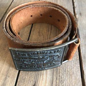 Vinatge Levi Strauss Leather Belt Sz 34
